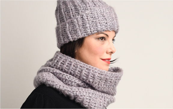 Bernat Crochet Hat and Cowl Set