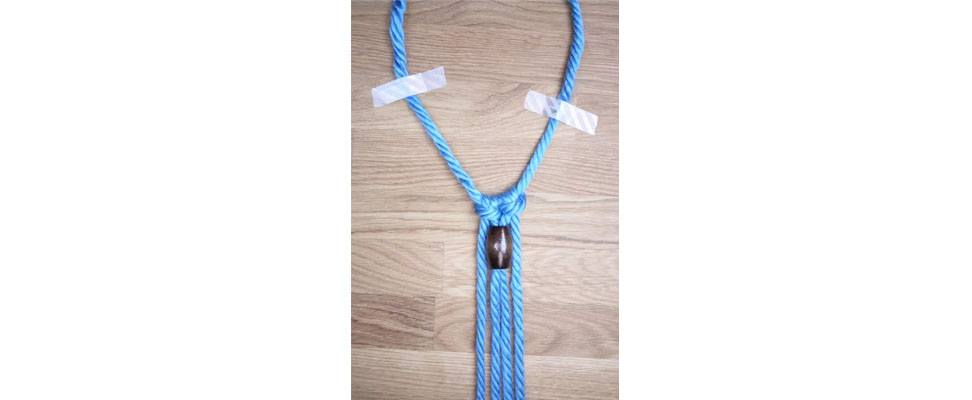 Mega Macrame Necklace step 4