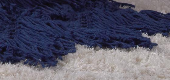 Bernat Bobble & Fringe Blanket  4