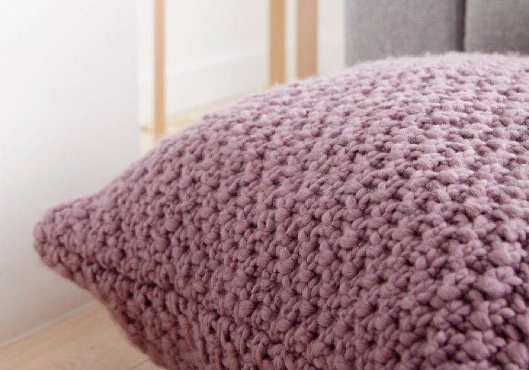Easy Irish Moss Knit Floor Pillow
