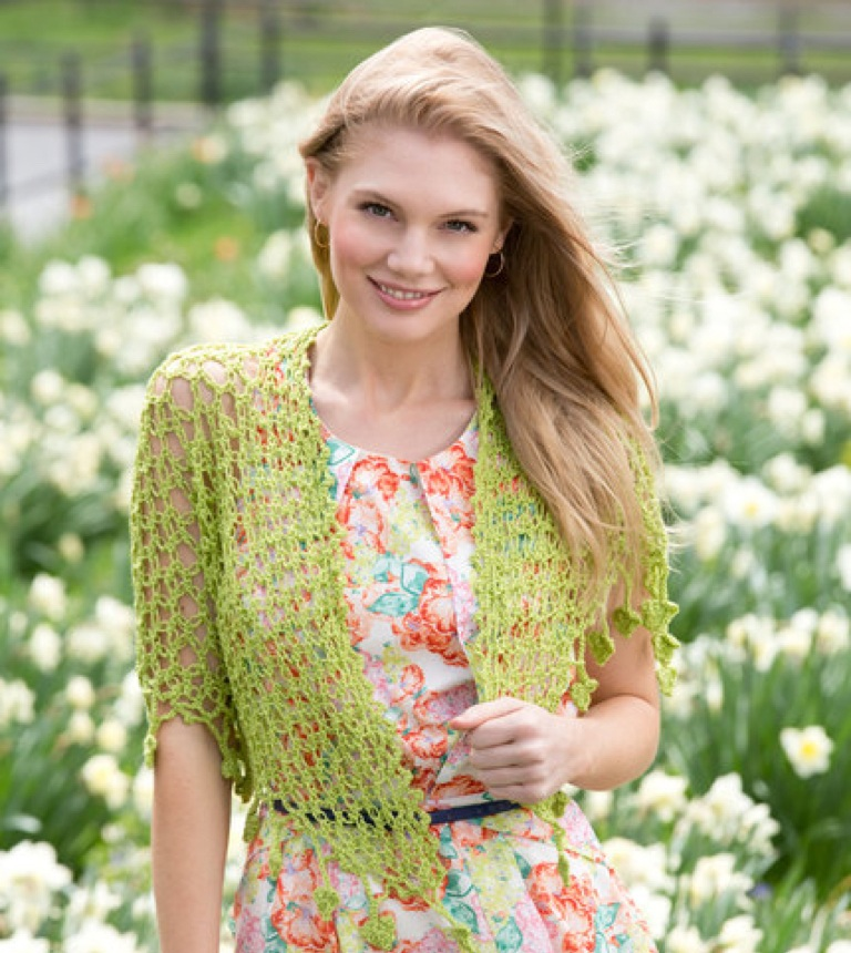 Intermediate Love Knots and Leaves Crochet Wrap