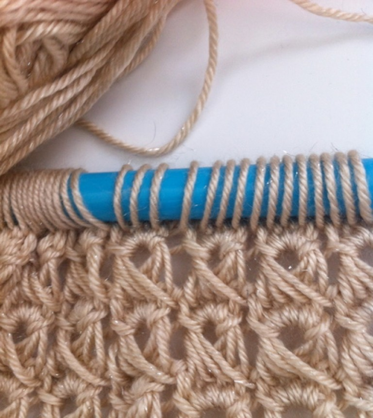 Ultimate Beginner's Guide to Broomstick Lace Crochet