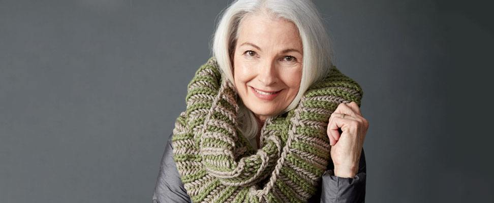 Brioche Accent Knit Cowl Pattern by Good Knit Kisses