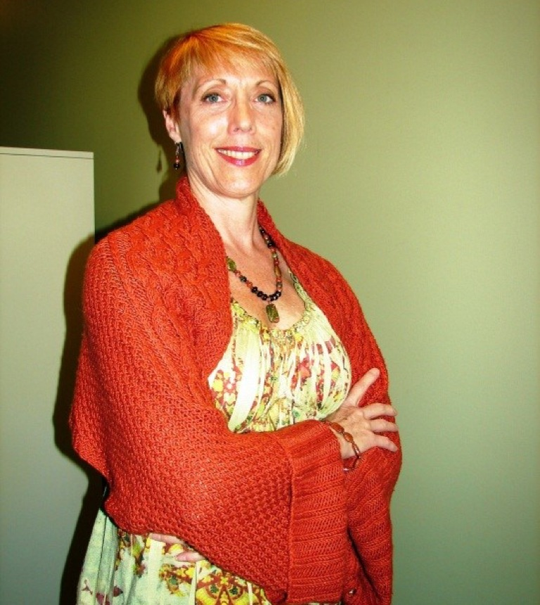 Convert a Rectangular Shawl into a Shrug by Guest Blogger Joan Barnett