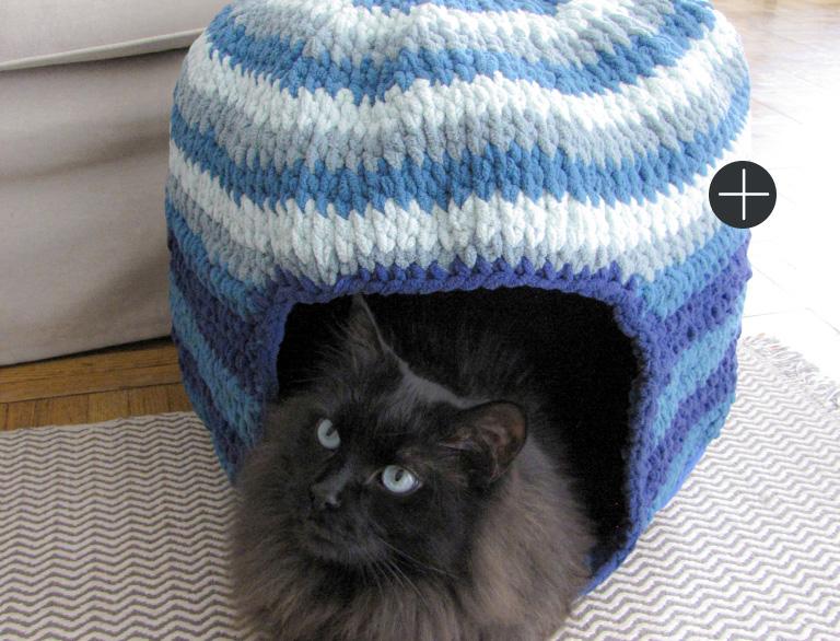 image of Bernat Crochet Pet Nest Blanket