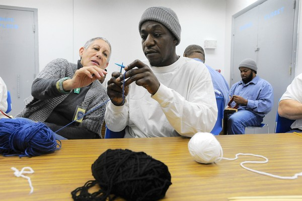Inmake learning to knit