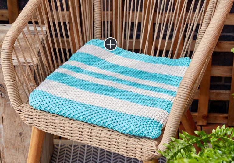 Easy Knit Seat Cushion