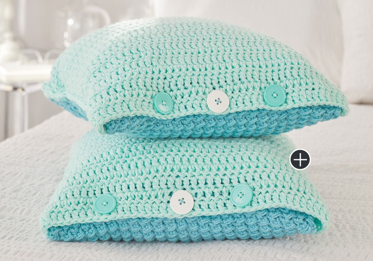 Easy Ocean Front Crochet Bed Pillows