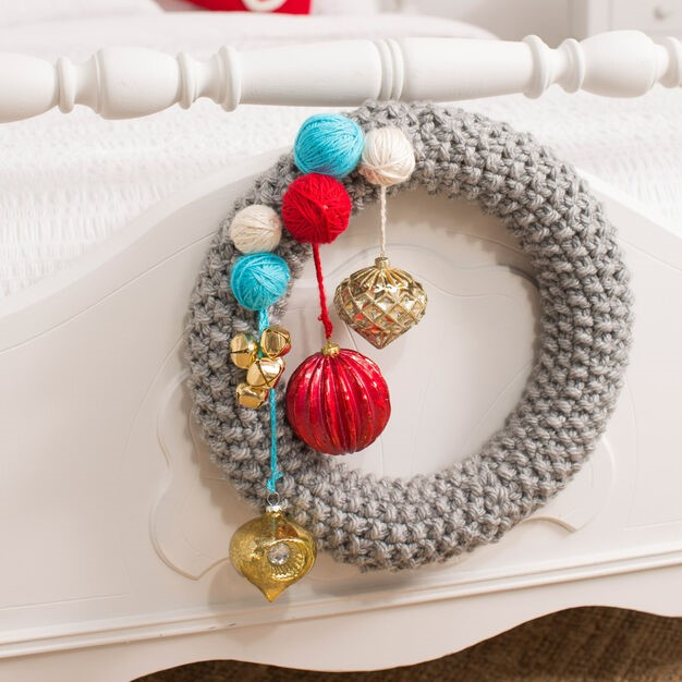 Red Heart Be Merry Knit Wreath