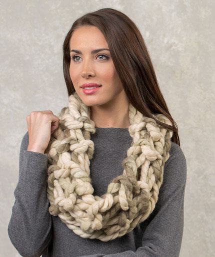 Alluring Arm Knit Cowl Free Knitting Pattern LW5269