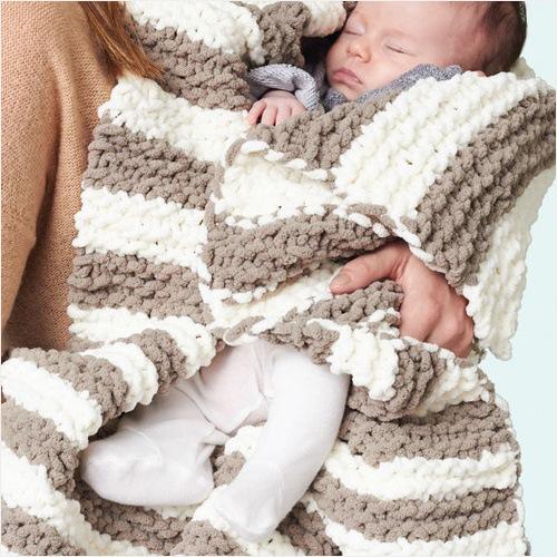 Free Knit Pattern - In a Wink Baby Blanket in Bernat Blanket yarn