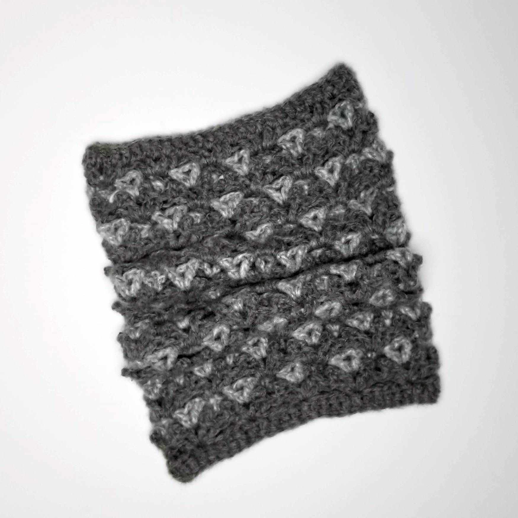Patons Nors Modern Picots Cowl in color gray and black