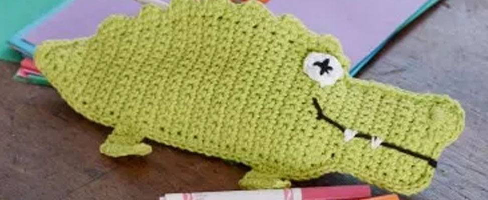 Kickstart Monday: Alligator Pencil Case