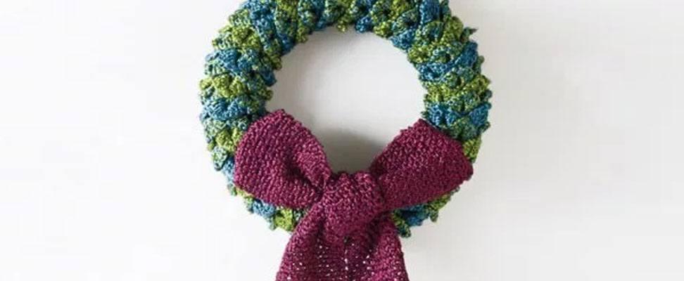 Glittery Yarn Wreath