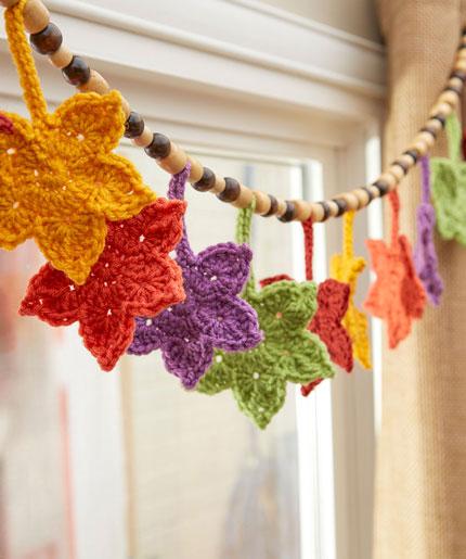 Fall Leafy Banner Free Crochet Pattern LW5495