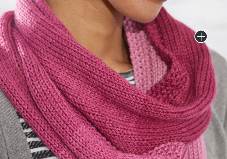 Easy Ombre Knit Cowl