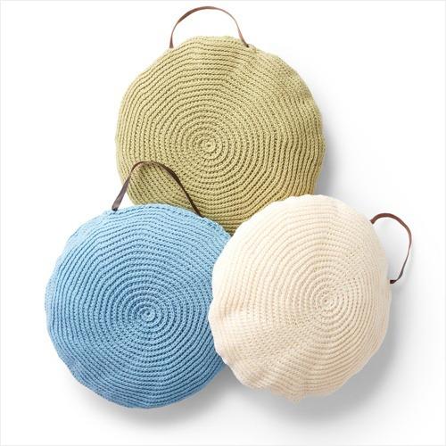 Free Crochet Pattern - Spiral Crochet Pillow in Lily Sugar'n Cream yarn