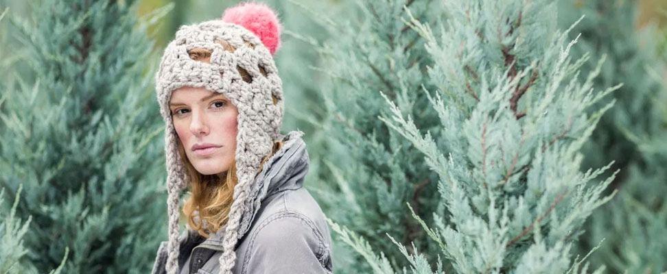 Quick and Easy Granny Grande Crochet Hat in Bernat Wool Up Bulky yarn