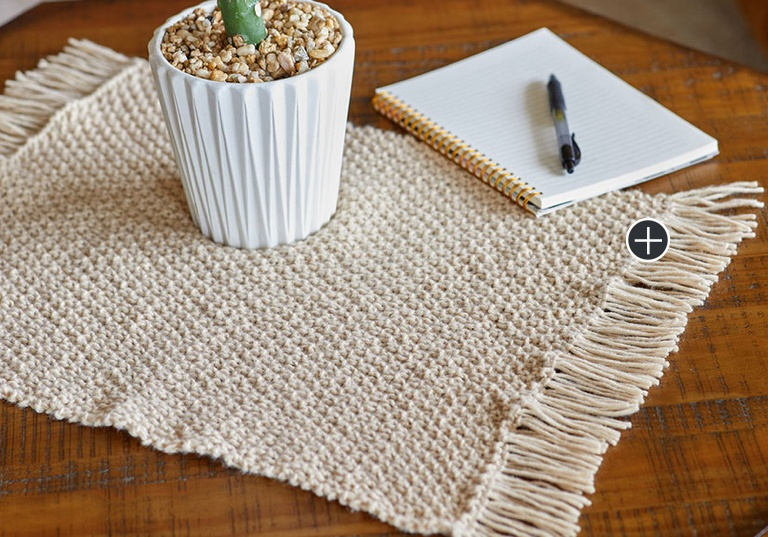 Easy Knit Fringed Plant Mat