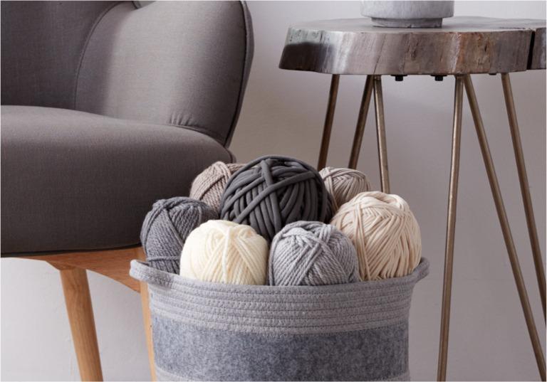 Intermediate Twisted Stitch Knit Blanket