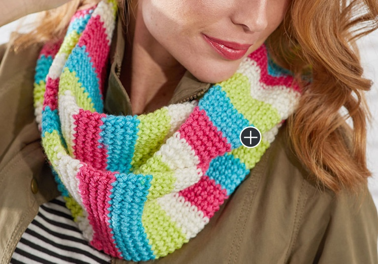 Easy Striped Crochet Cowl