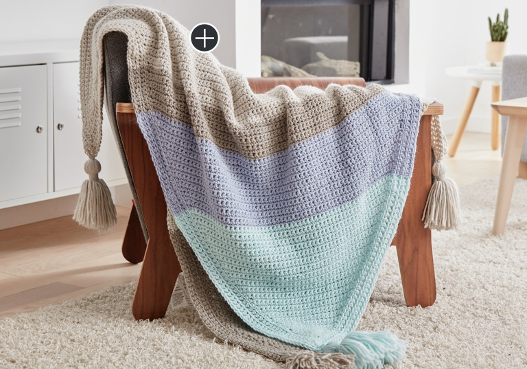 Easy Corner Dip Stripe Crochet Afghan