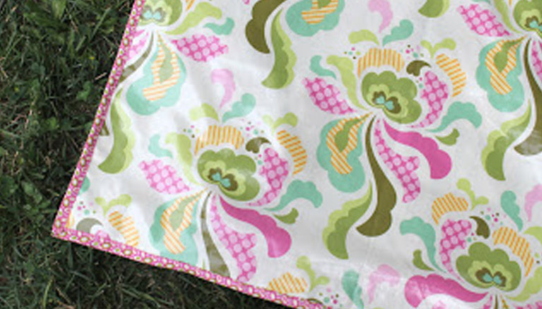 Summer Picnic Blanket Tutorial