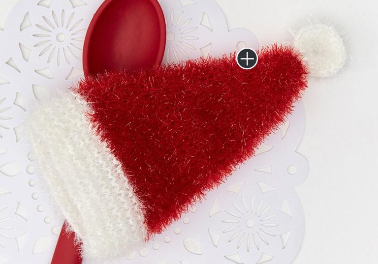 Easy Knit Santa Hat Scrubby Mitt