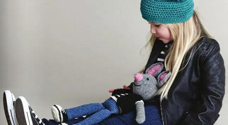 Kid's Casual Beanie and Mouse