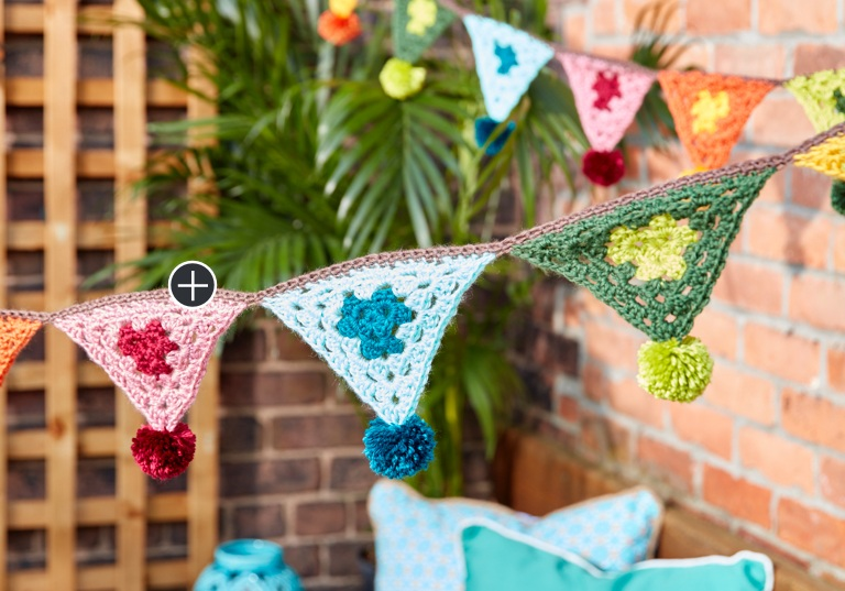 Easy Crochet Boho Bunting