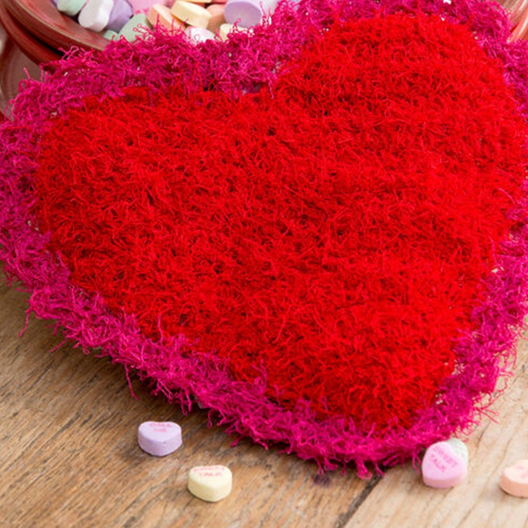 rh-20160408-we-love-free-valentines-day-heart-inspired-patterns-to-knit-and-crochet