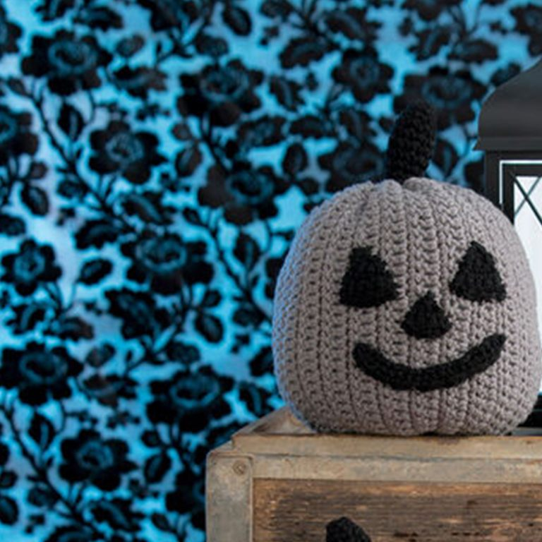 rh-20160923-21-family-friendly-crochet-and-knit-halloween-patterns